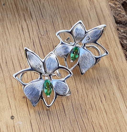 Boucles D'oreilles Petite Fleur Tsavorite-diamant