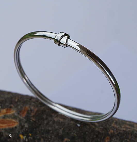 Bracelet Jonc Flexible Nœud